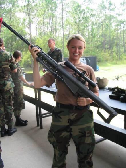 military_woman_canada_army_000004